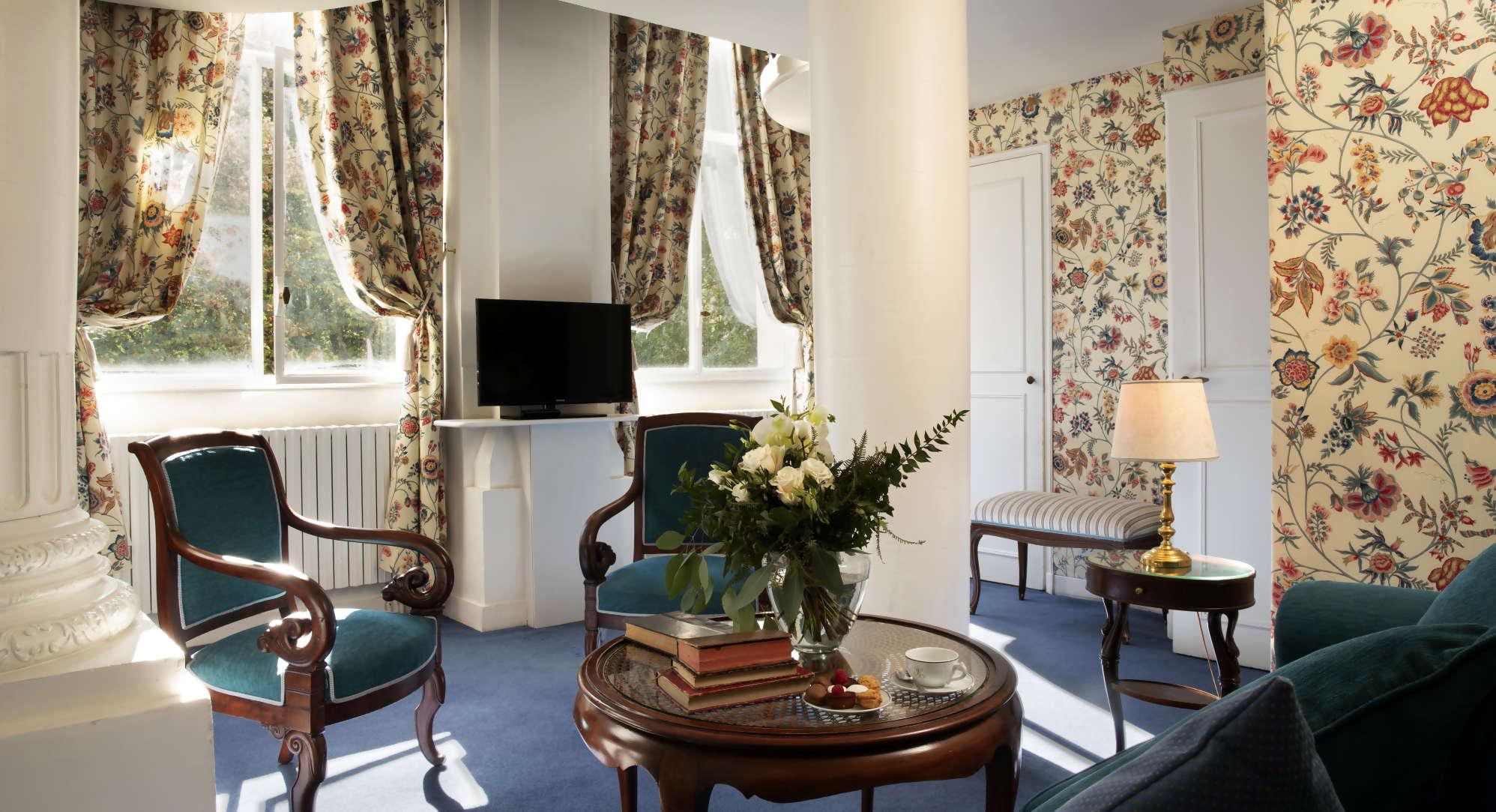 Chambre et salon Château d'Artigny