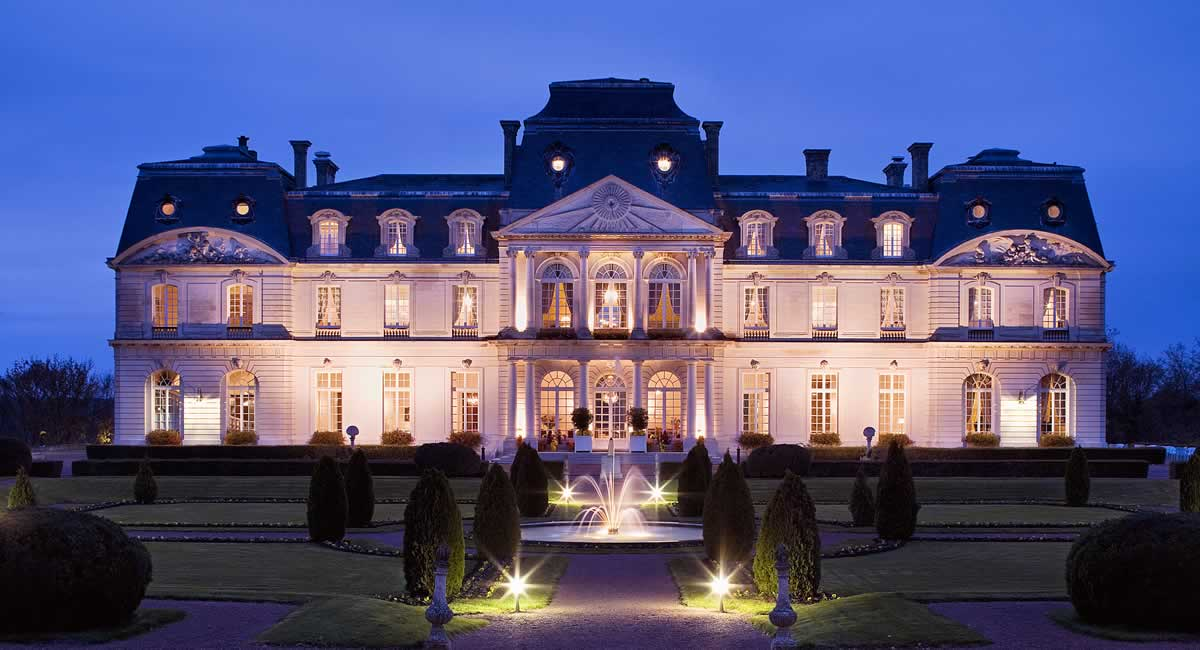 Romantic hotel - Chateau d'Artigny - Loire Valley