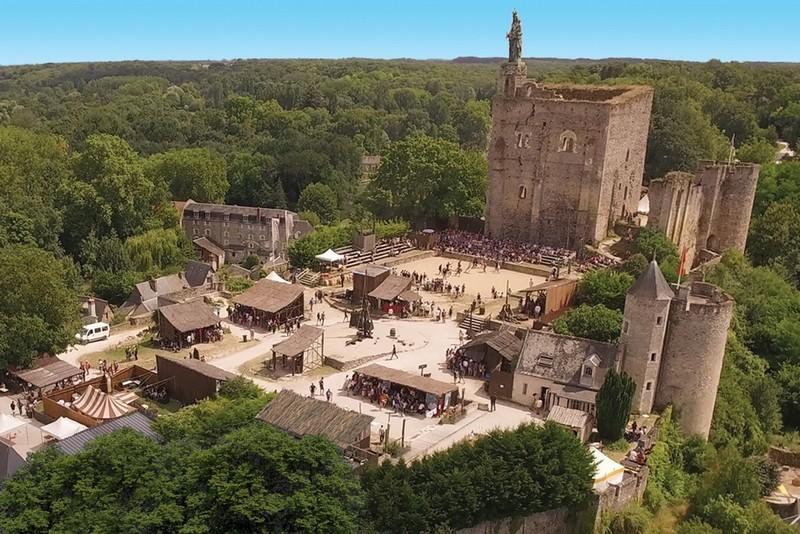 Romantic hotel - Chateau d'Artigny - Loire Valley