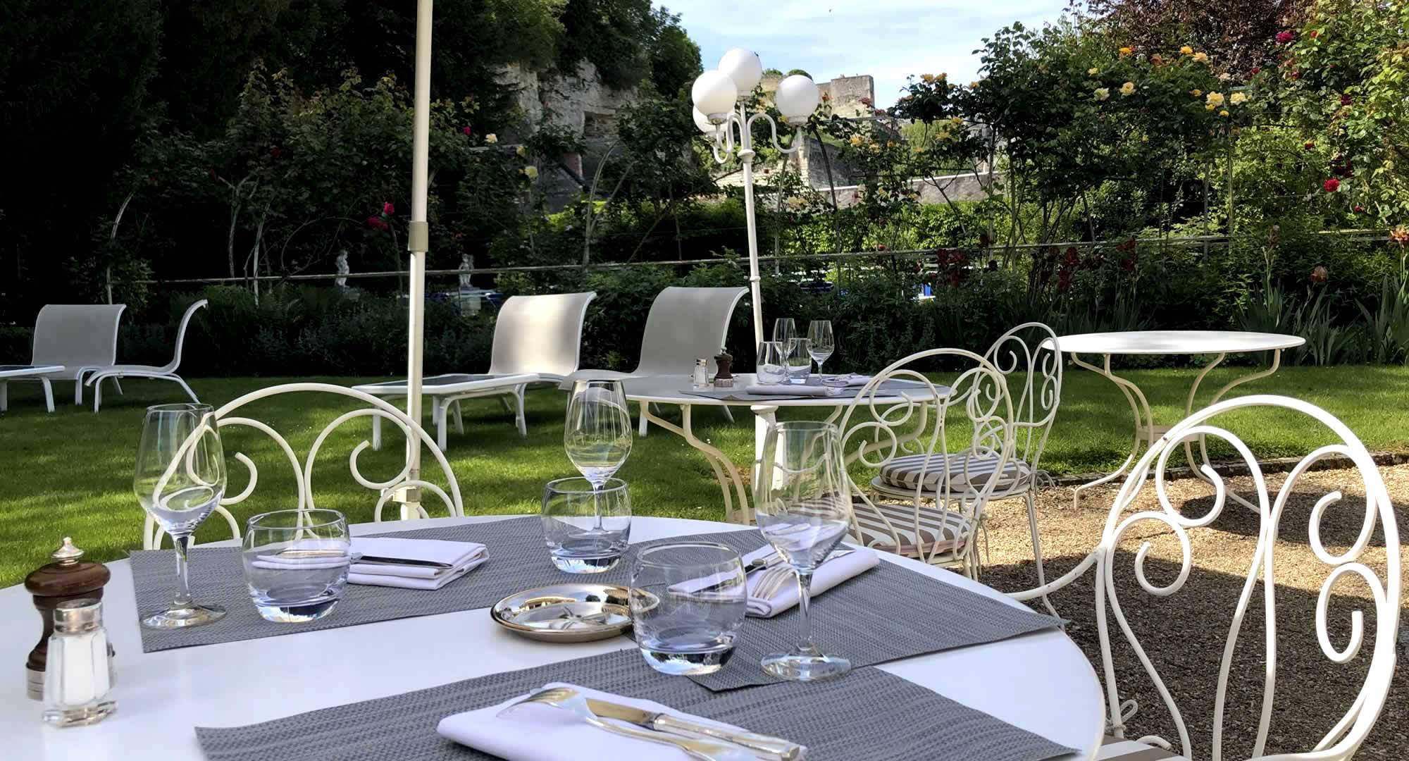 Déjeuner au jardin - Le Choiseul Amboise
