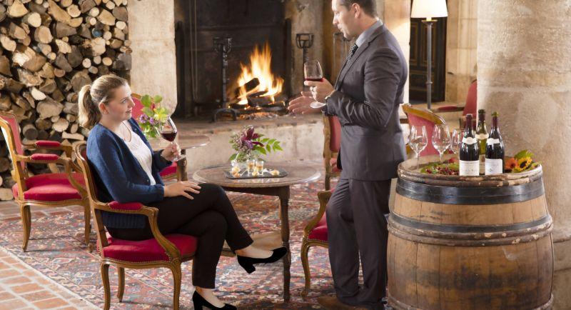 romantic break Burgundy