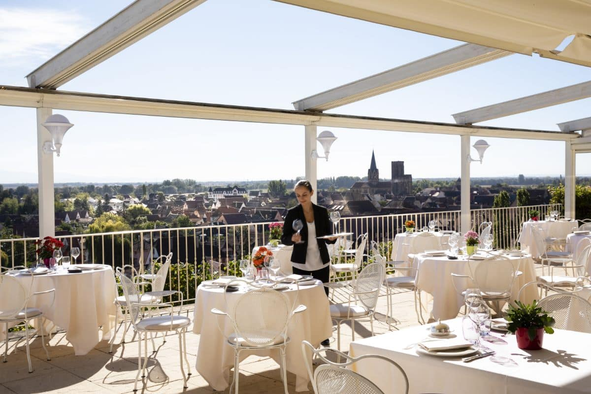 Chateau d'Isenbourg terrasse restaurant